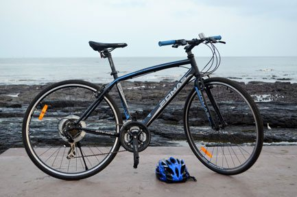 rent a cycle withe complimentary helmets cycling in mumbai